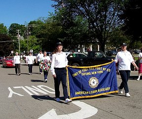 Oxford AL Auxiliary Unit 376 marching in the Memorial Day parade 2010.
